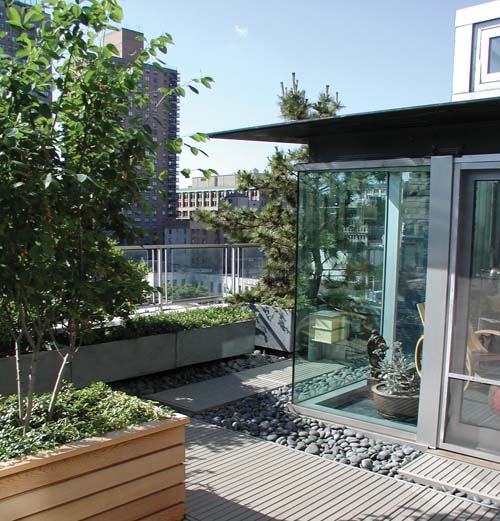 Modern rooftop patio gardens revive landscape design for Terrace new york